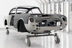 アストンマーチン、『DB5ボンドカー』25台限定発売