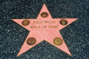 ダニエル・クレイグ、ハリウッド・ウォーク・オブ・フェイム(ハリウッド名声の歩道)の星授与!
