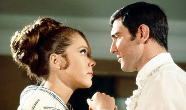挿入歌「愛はすべてを超えて」が『007/ノー・タイム・トゥ・ダイ』で使われた理由とは?